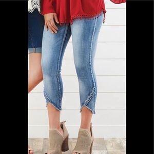 Coco + Carmen High Rise Crop Jeans sz M